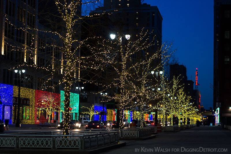 Woodward_HolidayLights