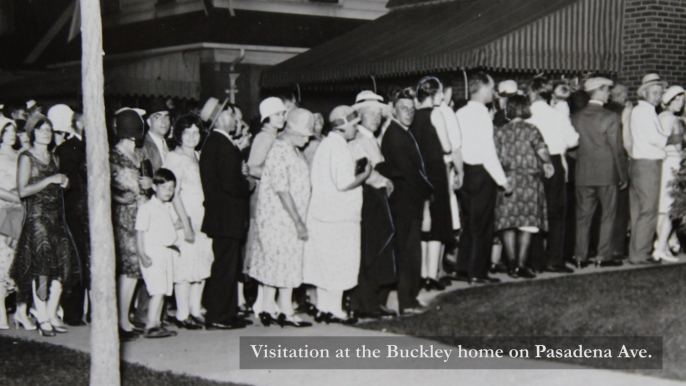 Some of the 100,000 visitors to the Buckley home to view their martyred hero.  (Courtesy of the Burton Collection, Detroit Public Library)